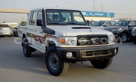 Medium with watermark toyota land cruiser namibia import dubai 9620