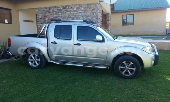 Buy Used Nissan Navara Silver Car in Windhoek in Namibia