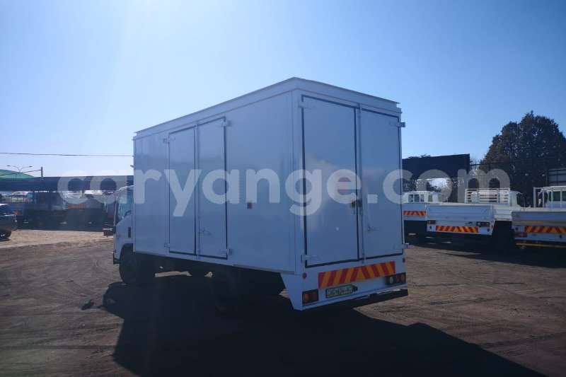 Big with watermark isuzu ftr 850 namibia windhoek 9854