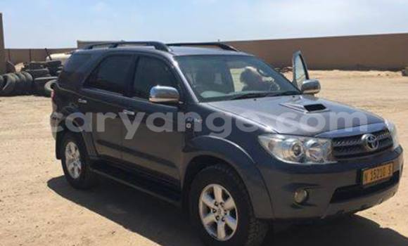 Buy Used Toyota Fortuner Black Car in Windhoek in Namibia