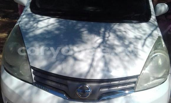 Buy Used Nissan Note White Car in Windhoek in Namibia