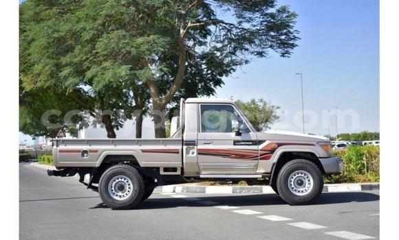 Medium with watermark toyota land cruiser namibia import dubai 10427