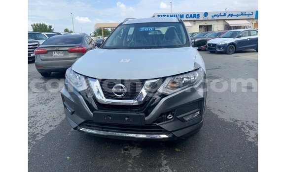 Medium with watermark nissan evalia namibia import dubai 10503