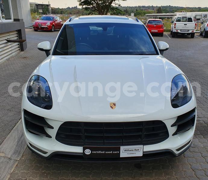 Big with watermark porsche macan karas karasburg 10804