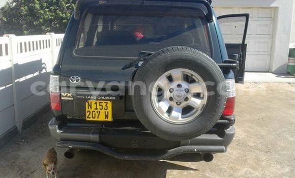 Buy Used Toyota Land Cruiser Green Car in Windhoek in Namibia