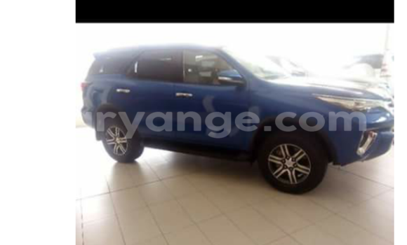 Buy Used Chevrolet Avalanche Blue Car in Swakopmund in Namibia