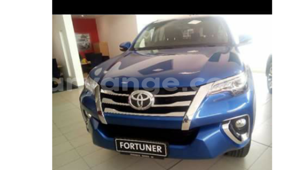 Buy New Toyota Fortuner Blue Car in Swakopmund in Namibia