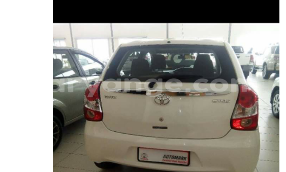 Buy New Toyota Axio White Car in Swakopmund in Namibia