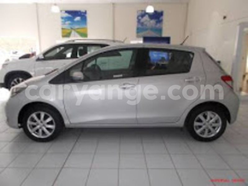 Big with watermark yaris 3