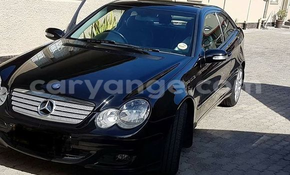 Buy Used Mercedes‒Benz C–Class Black Car in Windhoek in Namibia