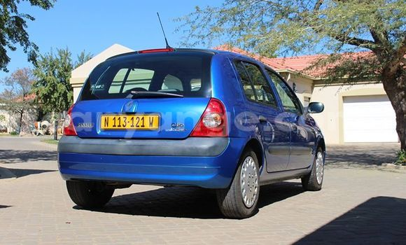 Buy Used Renault Clio Blue Car in Windhoek in Namibia