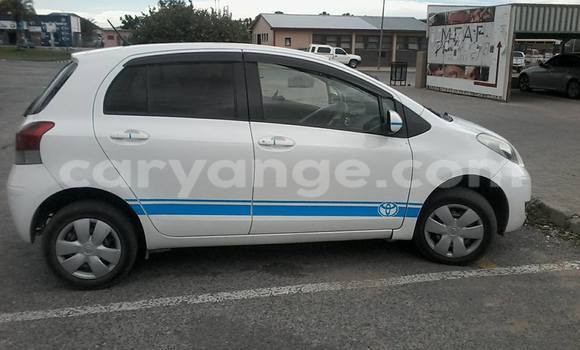 Buy Used Toyota Vitz White Car in Windhoek in Namibia