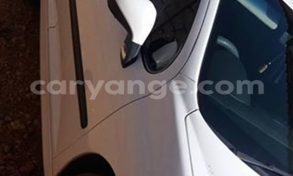 Buy Used Peugeot 407 White Car in Windhoek in Namibia