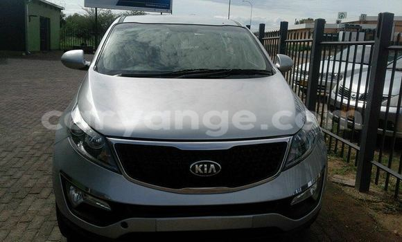 Buy Used Kia Sportage Silver Car in Windhoek in Namibia