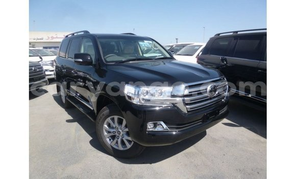 Medium with watermark toyota land cruiser namibia import dubai 11351