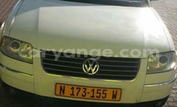 Buy Used Volkswagen Passat White Car in Windhoek in Namibia