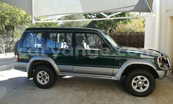 Buy Used Mitsubishi Pajero Green Car in Windhoek in Namibia