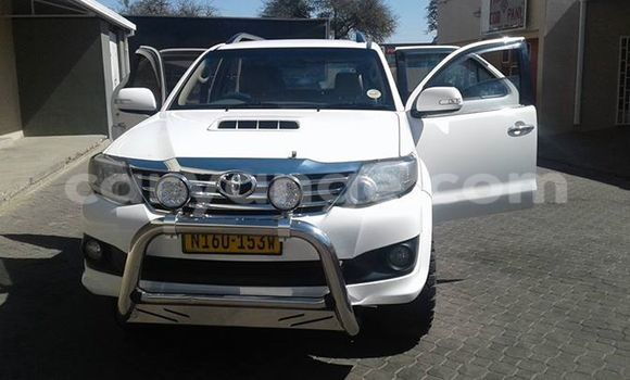 Buy Used Toyota Fortuner White Car in Windhoek in Namibia
