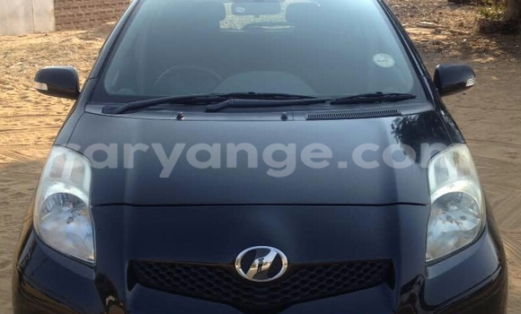 Buy Used Toyota Vitz Black Car in Oshakati in Namibia