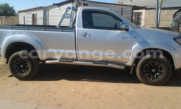 Buy Used Toyota Hilux Silver Car in Windhoek in Namibia