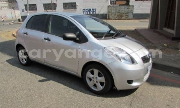 Buy Used Toyota Yaris Silver Car in Otjiwarongo in Namibia
