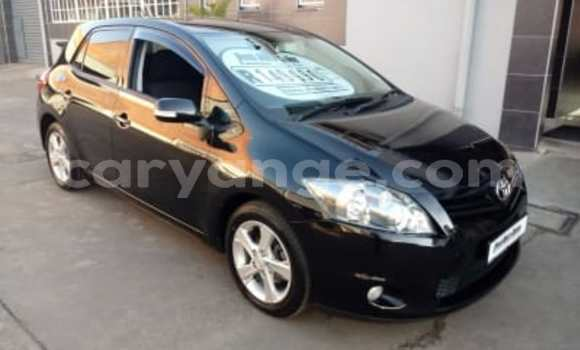 Buy Used Toyota Auris Black Car in Oshakati in Namibia