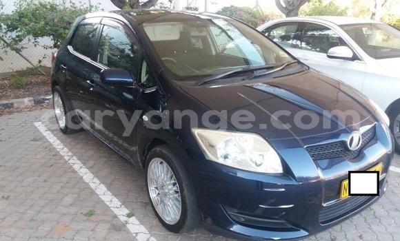 Buy Used Toyota Auris Blue Car in Windhoek in Namibia