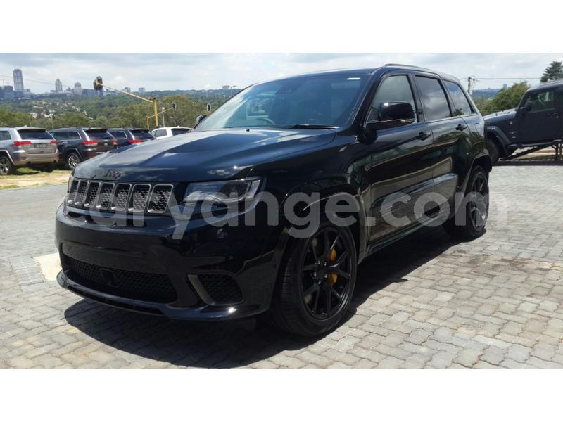 Big with watermark jeep grand cherokee srt8 erongo kuisebmond 12493