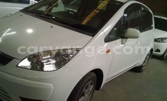 Buy Used Mitsubishi Colt White Car in Walvis Bay in Namibia