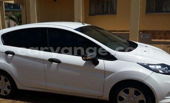 Buy Used Ford Fiesta White Car in Windhoek in Namibia