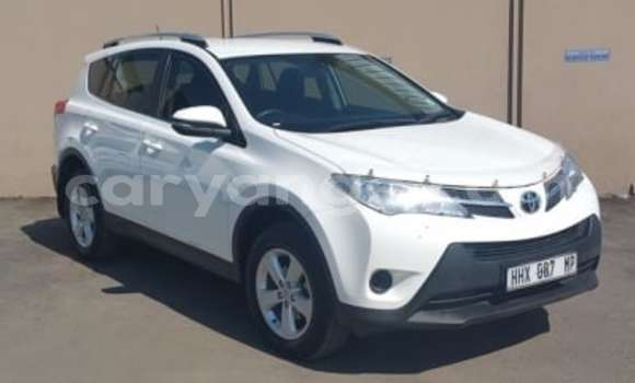 Buy Used Toyota RAV4 White Car in Swakopmund in Namibia