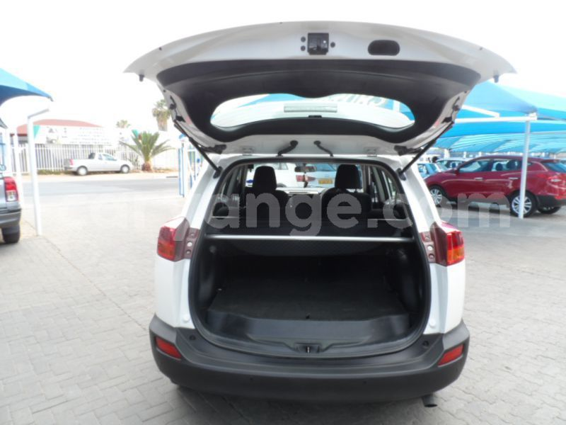 Big with watermark 2013 toyota rav 4 e