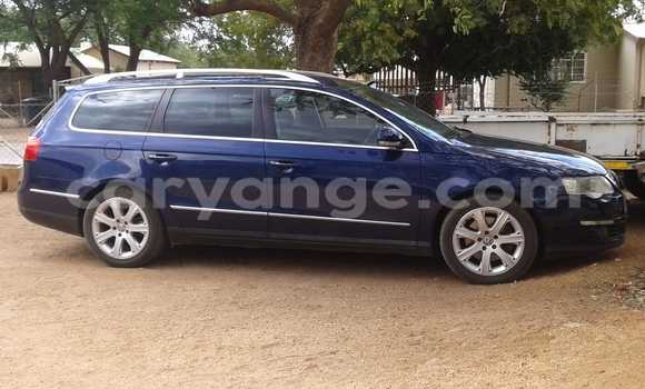 Buy Used Volkswagen Passat Blue Car in Otjiwarongo in Namibia