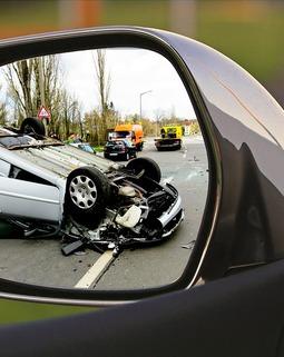 Thumb accident 1497295 960 720