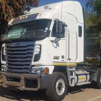 Medium freightliner truck isx500 2014 id 63708439 type main
